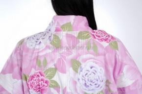 Kimono Shiro ni Tsubaki