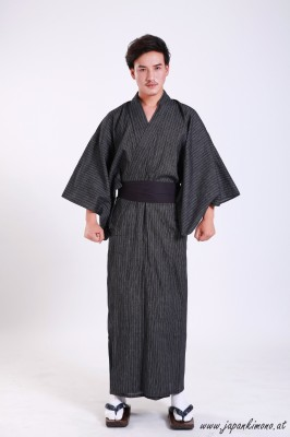 Kuro Kimono 3657